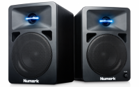 "Powered Desktop DJ  Monitors with  illuminated 1"" silk dome  tweeter and 5 1/4""  woofer"